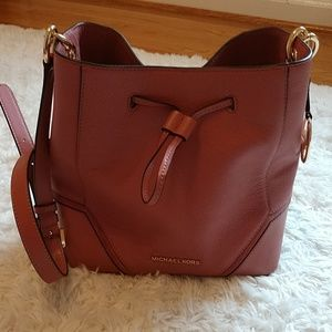 Michael Kors Bucket Handbag